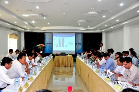 Một hội thảo đánh giá công tác thu hút nhân tài về địa phương tại Đà Nẵng. Ảnh: Dân trí