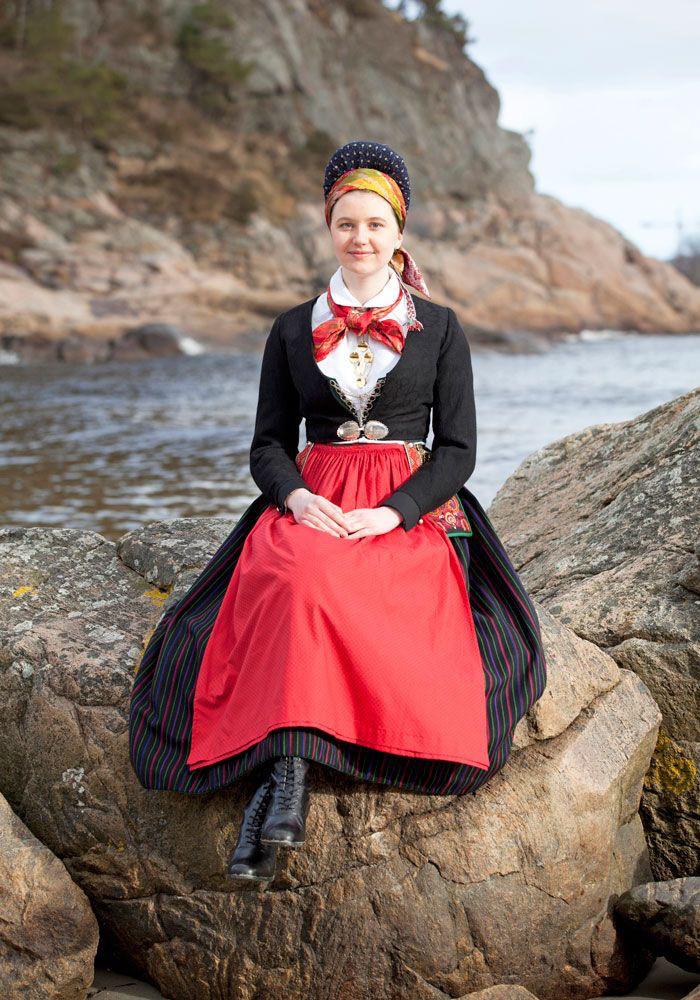 Trang phục truyền thống Bắc Âu (Ảnh: Laila Durán)