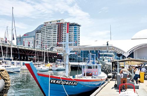 Bảo tàng Hàng hải Úc có hiện vật là chiếc thuyền của di dân người Việt - Ảnh: N.T.Tâm
