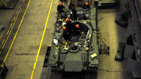 Về kích thước, xe có nhiều điểm khá tương đồng với T-90A của Quân đội Nga với chiều dài 9,7 m (khi pháo quay thẳng về phía trước), chiều rộng 3,4 m và chiều cao là 2,8 m.
