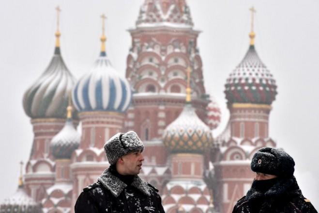 Quảng trường Đỏ với hình ảnh Nhà thờ thánh Basil - Moscow - Nga