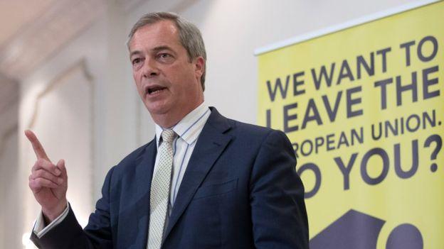 Nigel Farage – một người vận động hành lang hàng đầu về nước Anh rời khỏi EU – ông là người ngưỡng mộ Putin và lên án chính sách của EU về Ukraina