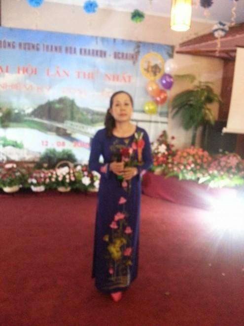Mặc dù xa quê hương nhưng ai cũng có cảm giác như đang ở nhà vì luôn được chiêm ngưỡng tà áo dài thướt tha là một trong những biểu tượng của người phụ nữ Việt nam
