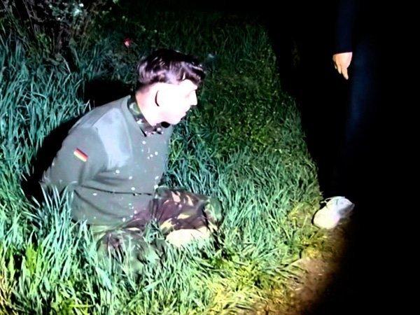 """Hình ảnh người đàn ông mà Nga cho rằng """"khủng bố"""" do Bộ quốc phòng Ukraina phái đến Crimea"""